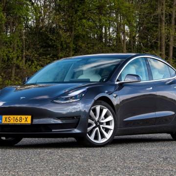 Доводчики дверей Rulium для Tesla Model 3