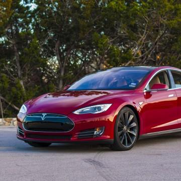 Доводчики дверей Rulium для Tesla Model S