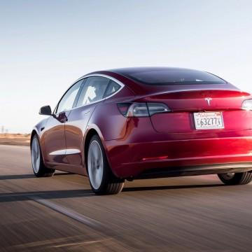 Электропривод двери багажника AutoliftTech для Tesla Model 3 2016-2020