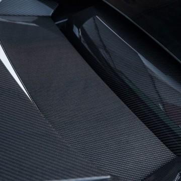 Карбоновая вставка капота двигателя Novitec Style для Lamborghini Huracan